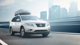 2016-Nissan-Pathfinder front