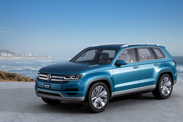 2017 Volkswagen Tiguan Redesigned Suv Gets Third Row And Sel Engine