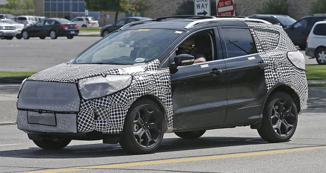 2017-Ford-Escape-spy-photo
