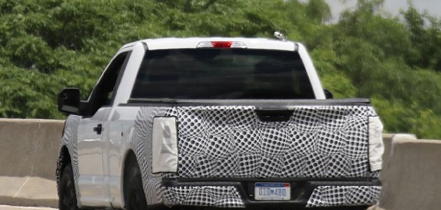 2018-ford-f-150-spied-rear