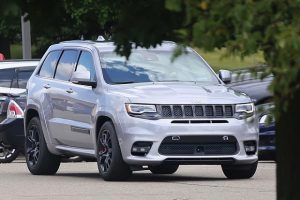 2018 Jeep Grand Cherokee Trackhawk spy
