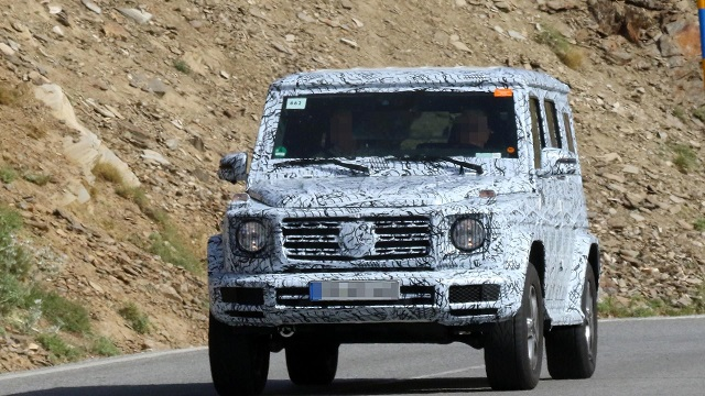 next-gen-mercedes-benz-g-class-spy-photo