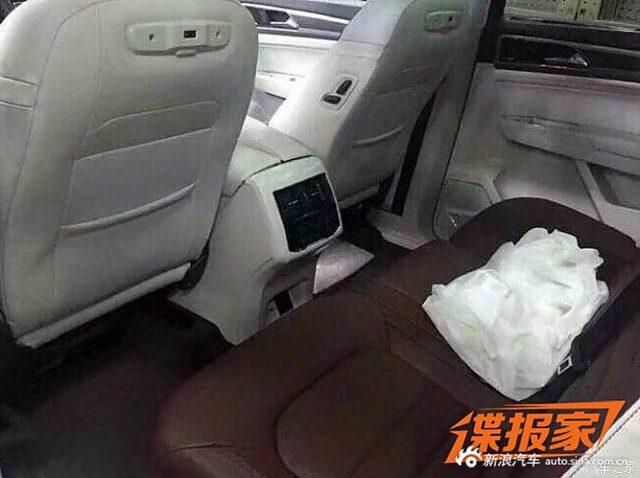 2018 Volkswagen Teramont rear seats