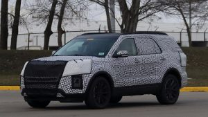 2019-ford-explorer-spy