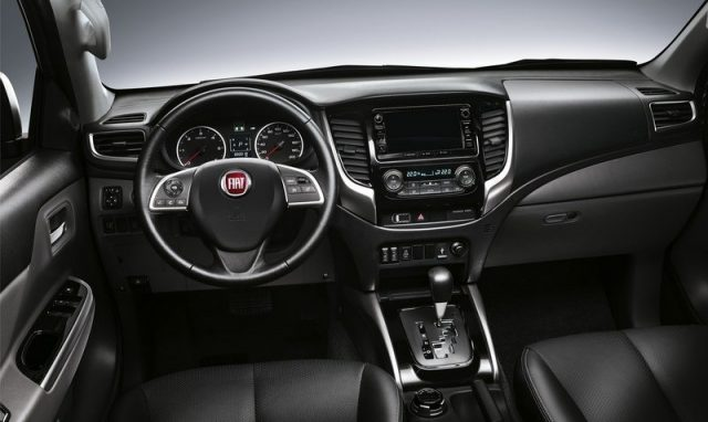 2017 Fiat Fullback Cross interior