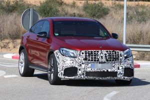 2018-Mercedes-AMG-GLC63-Coupe-spy