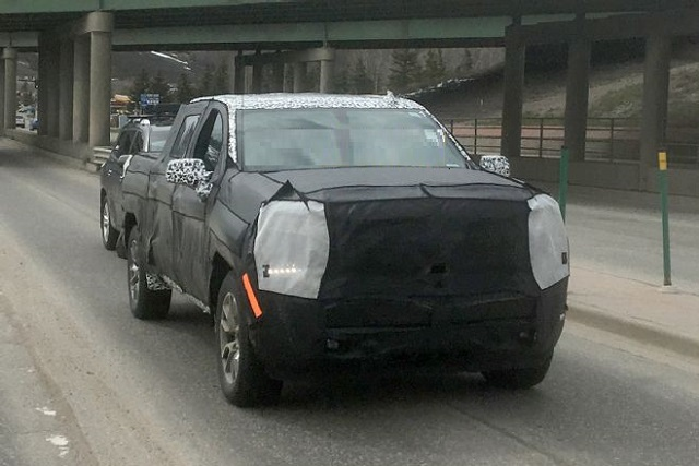 2019 Chevrolet Silverado 1500 Diesel and Sierra 1500 Diesel Spied | SUVs & Trucks