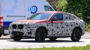 2019 BMW X4 spy shots