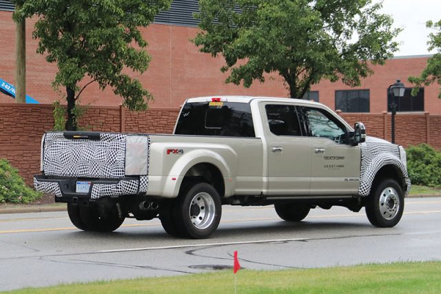 2019-Ford-F-Series-Super-Duty-SPY