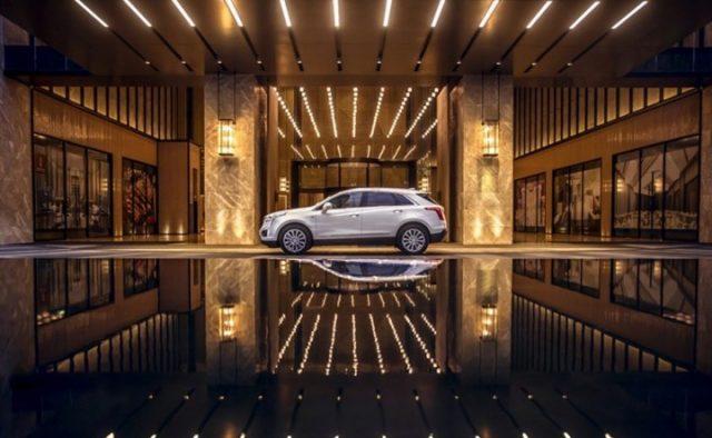 2018 Cadillac XT5 Hybrid