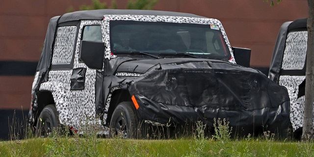 2018 Jeep Wrangler Two-Door spied redesigned