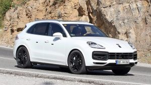 2018 Porsche Cayenne-without-camouflage