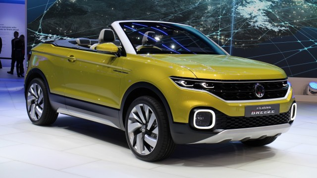 2018 volkswagen t cross spy shots suvs trucks. Black Bedroom Furniture Sets. Home Design Ideas