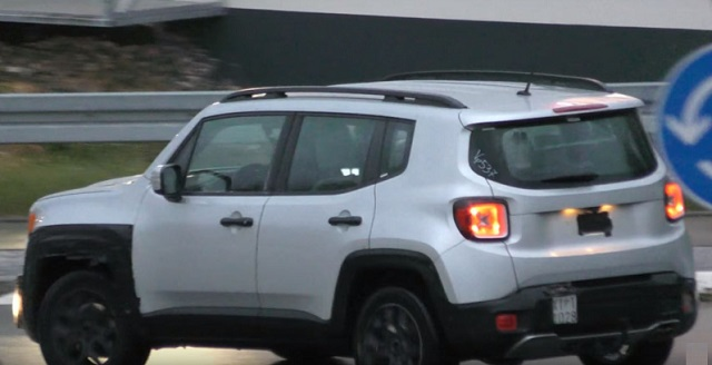 2019 Jeep Renegade spy