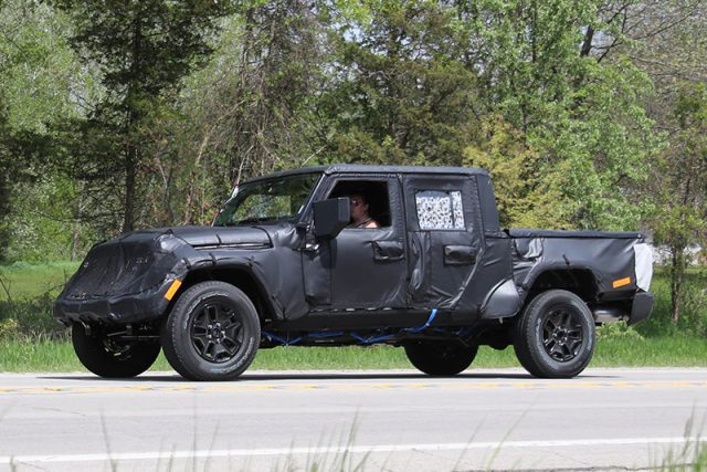 2019 Jeep Scrambler side