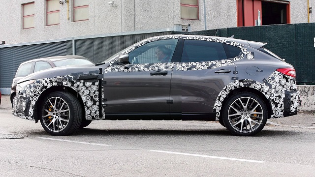 2018 Maserati Levante GTS spy side
