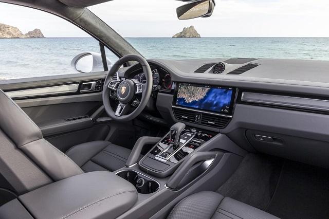 2019 Porsche Cayenne Turbo inside