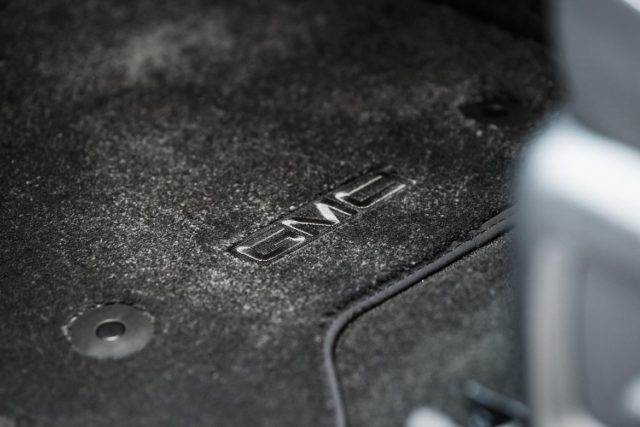 2018 GMC Yukon Denali Ultimate Black Edition floormats