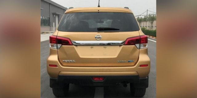 2018 Nissan Terra rear