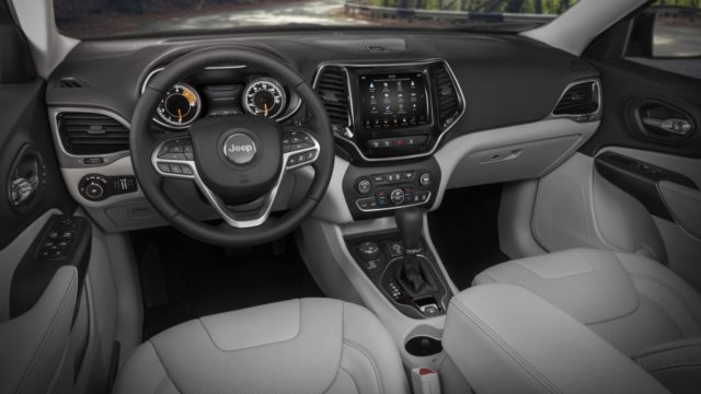 2019 Jeep Cherokee interior official images