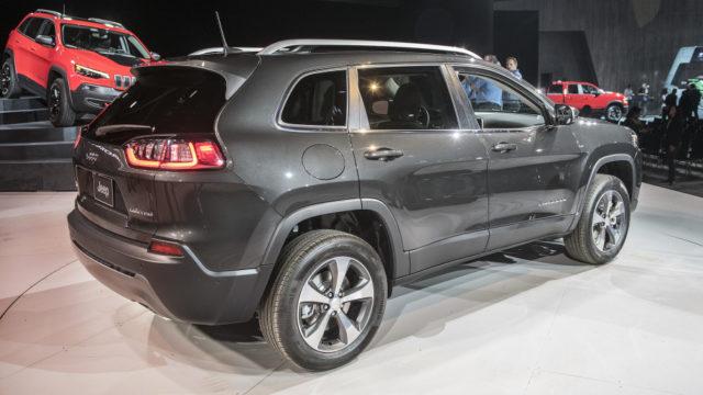 2019 Jeep Cherokee rear