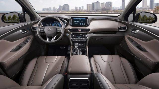2019 Hyundai Santa Fe Diesel interior