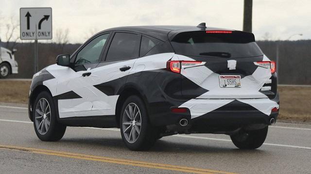 2019-acura-rdx-spy-rear