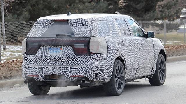 2020 Ford Explorer ST spy-rear