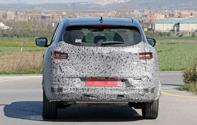 2018 Renault Kadjar spy rear