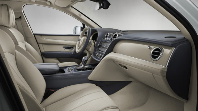 2019 Bentley Bentayga Hybrid interior