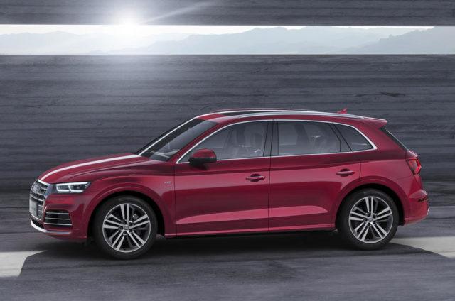2019 Audi Q5L side