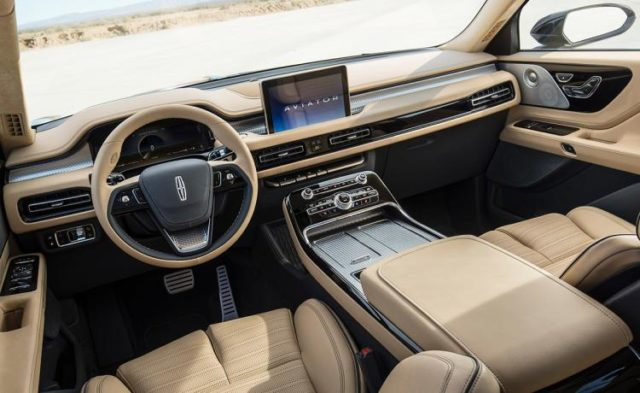 2019 Lincoln Aviator dashboard