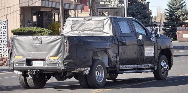 2020 Chevrolet Silverado HD spy rear