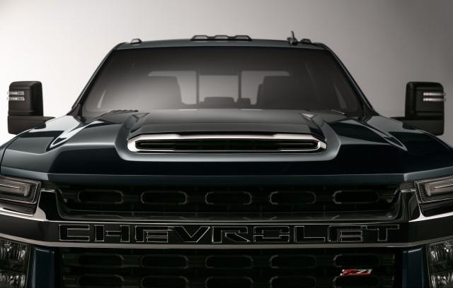 2020 Chevrolet Silverado HD teaser