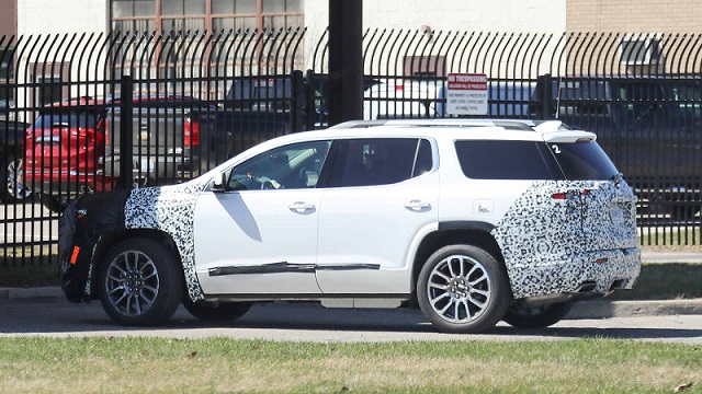 2020 GMC Acadia refresh rear