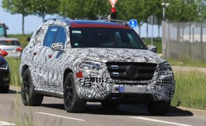 2019 Mercedes-Benz GLS spy shots