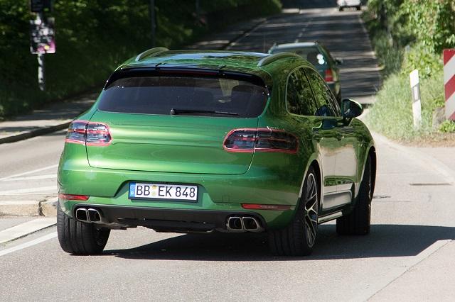 2019-Porsche-Macan-Facelift-rear