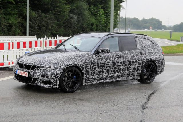 2019 BMW 3-Series Sports Wagon side