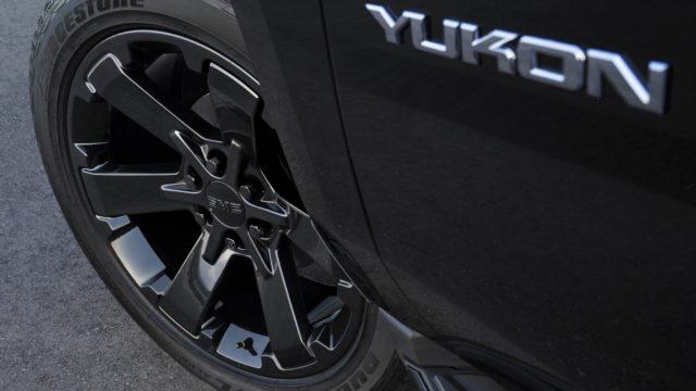 2019 GMC Yukon Graphite Edition and Graphite Performance Edition wheels