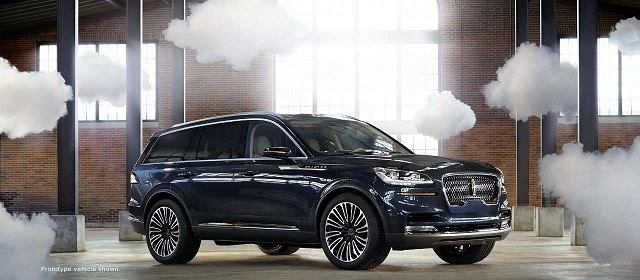 2020 Lincoln Aviator plug-in hybrid