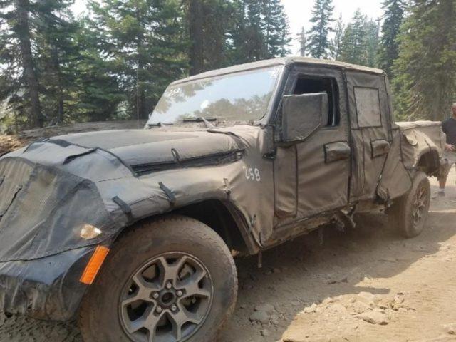 2019 Jeep Scrambler off-road