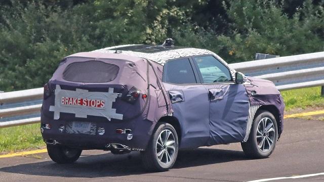 2020-chevrolet-trax-spy-rear