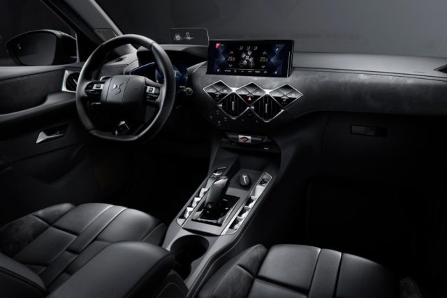 2019 DS3 Crossback cabin