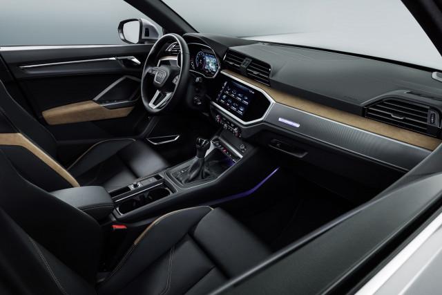 2019 Audi Q3 cockpit