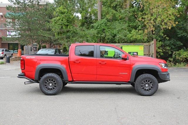 2019-Chevrolet-Colorado-ZR2-Bison-side