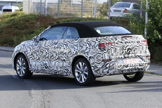 2020 Volkswagen T-Roc Convertible rear