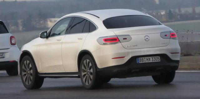 2020 Mercedes-Benz GLC 300 rear-view