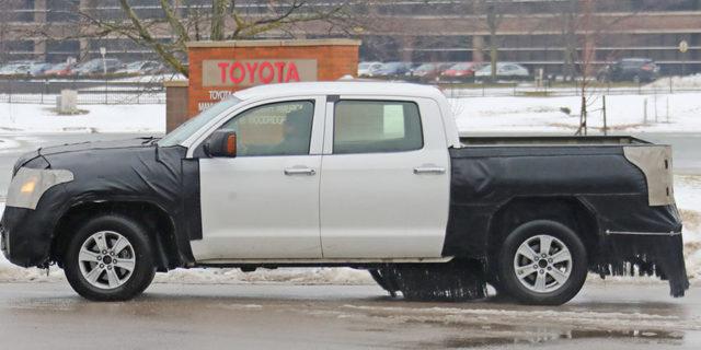 2020 Toyota Tundra side