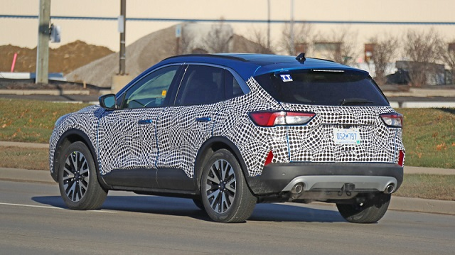 2020-ford-escape-spy-rear