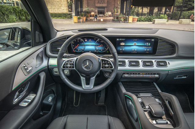 2020-mercedes-benz-gle-coupe-cabin